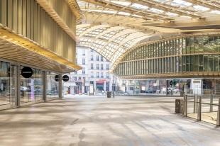 ギャラリー:新型コロナで続く都市封鎖、「不気味なほど空っぽ」なパリ 写真14点