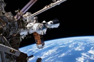 ギャラリー:スペースX宇宙船が帰還、宇宙飛行士が見た景観 写真17点