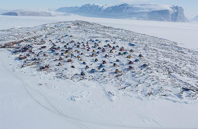 消えゆく氷と極北の狩猟民