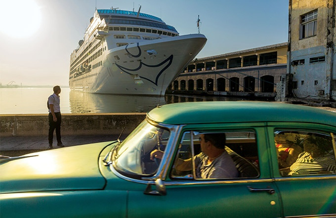 キューバ 変化の大波を前に