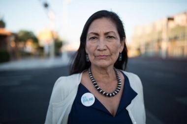 【ニュース】米選挙、先住民女性の初当選に見る大きな変化