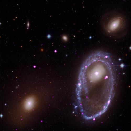 環状銀河AM 0644-741