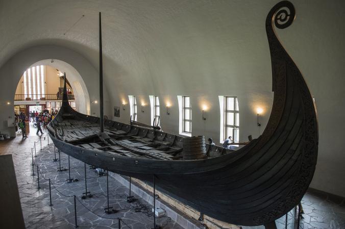 地中探査でバイキング船を発見 ノルウェー