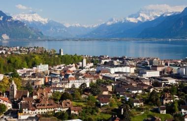 【ニュース】20年ぶりに開催!世界屈指のワイン祭り、スイス