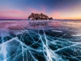 バイカル湖の夕暮れ