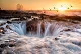 海水をのみ込む「井戸」