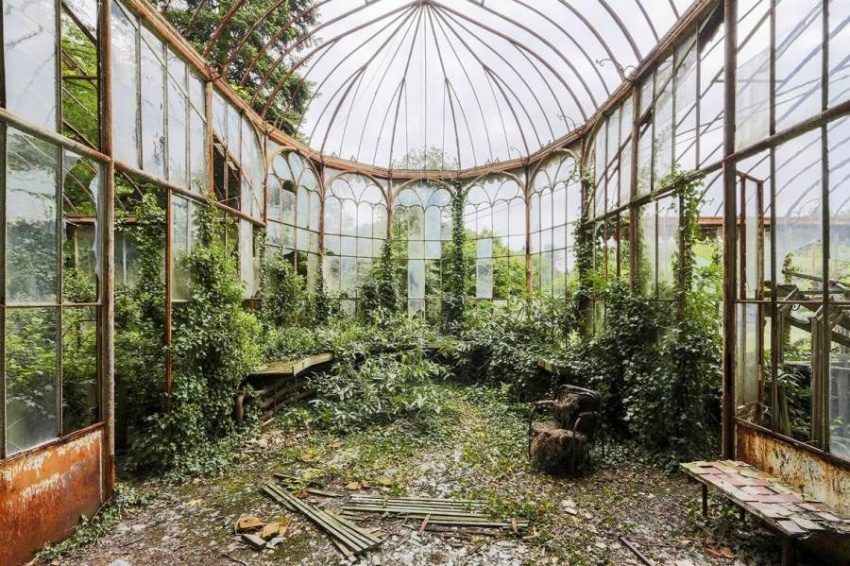 【ギャラリー】緑にのまれる美しき廃墟たち、写真13点