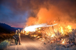 山火事との闘い