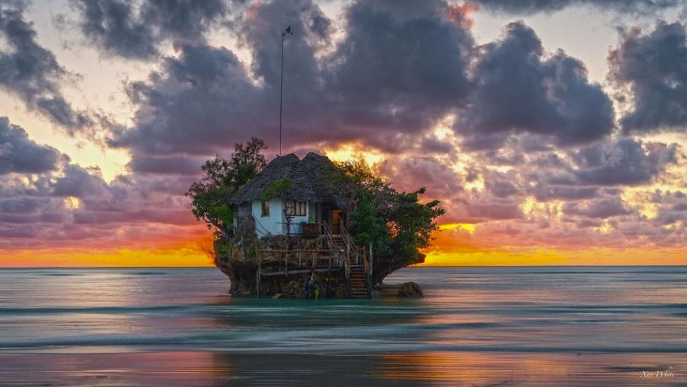海の上のレストラン