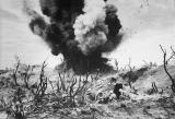 米兵もむせび泣いた硫黄島の激戦、75年前の傷癒えぬ元兵士は語る