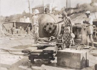 史上初の有人深海探検を支えた3人の女性、写真16点
