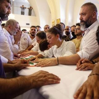 レバノン爆発事故、尽きぬ人々の嘆きと「彼ら」への怒り、写真17点