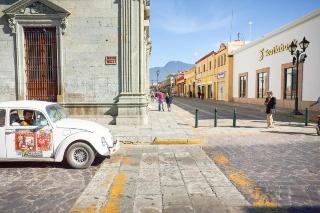 懐かしいフォルクスワーゲン・ビートル、メキシコでは今も現役