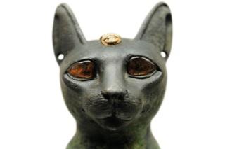 古代エジプトの多彩な動物の神々、ネコからトキまで 写真18点