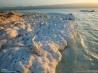 アファールの絶景5 ミネラルに覆われた湖岸(ジブチ)