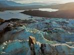 巨石のある風景5 アラスカ州のメンデンホール氷河