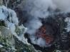 南極の活火山 エレバス 2 氷と雪のそばで溶岩湖が煮えたぎる