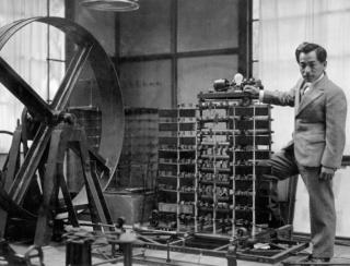 実験装置で「地震の揺れ」を再現