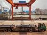 年間4億トンに上る貨物が大運河へと送り出される(中国・江蘇省)
