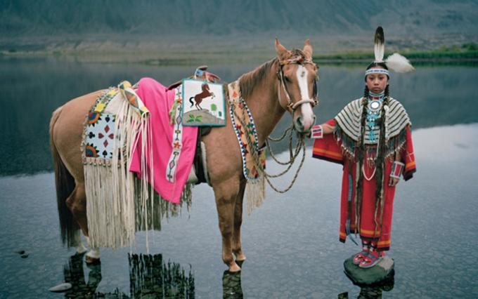 馬と生きる 北米先住民