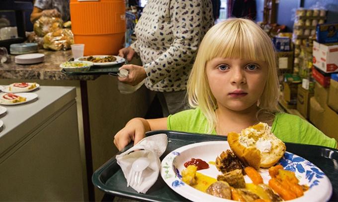 シリーズ 90億人の食 米国に広がる新たな飢餓