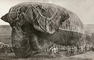 第一次大戦に使われた気球