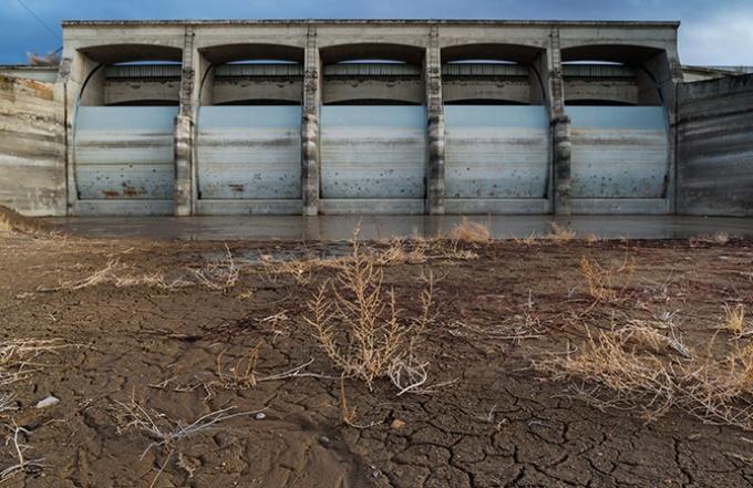 雪不足が招く米国西部の干ばつ
